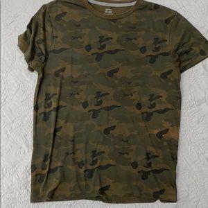 Old Navy Men's T-Shirt Green Camo Size M